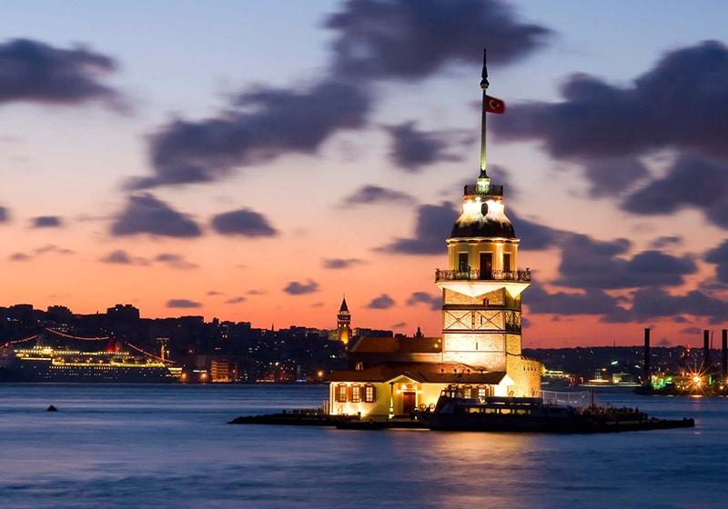 برج الميدان في اسطنبول