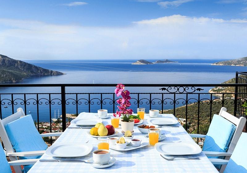 الافطار في طالطان مع اطلاله رائعه