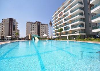 Spacious apartments in a modern designed complex in Avsallar